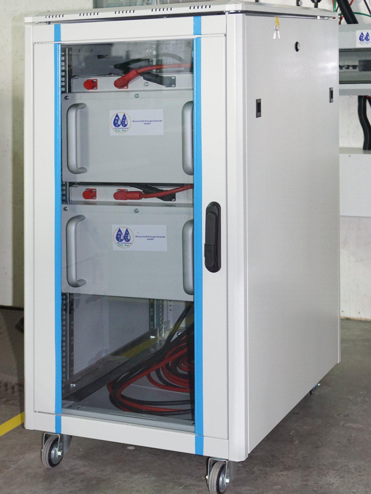 wez-akkus-stromspeicher-batterie-kasten
